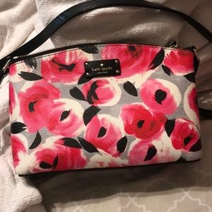 Kate spade crossbody with floral pattern